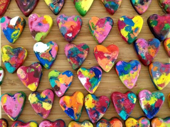 Valentine-DIY-Heart-Crayons